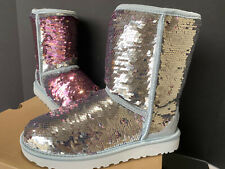 NIB UGG CLASSIC SHORT SILVER/ PINK SPARKLE FLIP SEQUIN BOOTS, US 7/ EUR 38