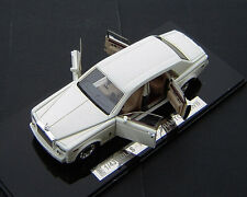 1/43 Rolls Royce Phantom LWB 2007 (White)