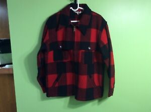 Woolrich Red Plaid Hunting Coat Jacket Cape Men's Large