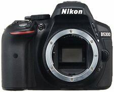 Nikon D5300 24.2MP Digital SLR Camera Black Body w/ charger