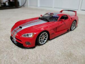Dodge Viper GTS-R 1:18 scale diecast model