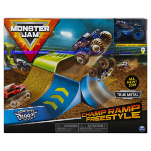 Monster Jam 1:24 Champ Ramp Freestyle and Truck - Son-Uva Digger
