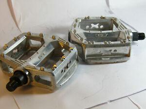 Old School GT Bmx Pedals Silver VP-821 Pro Series 1/2 Platform Chrome