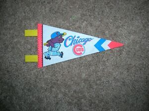 Chicago Cubs 1970's mini pennant