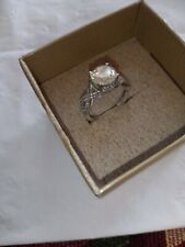 Twc 3. Ston is loose need repair 10k white gold ring size 7, Lab Diamond