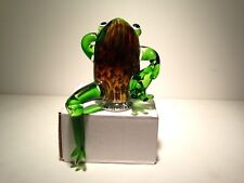 Murano Glass Frog Hand Blown Art Glass Green Frog with Extended Leg