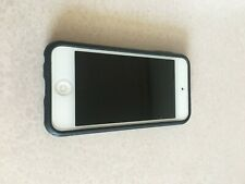 Used Apple iPod Touch 5th Generation 32GB - Blue Bundle With Case