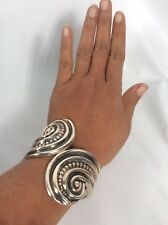 Beautiful Vtg Mexico sterling Silver 925 Hinge Cuff Bracelet