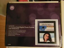 Motorola LS720D Digital Photo Frame with DUO 2x 17.8 cm (7 inch) display. Read