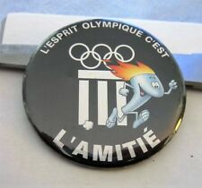 IOC OLYMPIC SPIRIT MUSEUM BUTTON pin badge