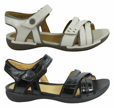 Clarks Flat (0 to 1/2 in.) Casual Shoes for Women