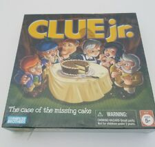 Hasbro Gaming CLUE JR. The Case of the Missing Cake