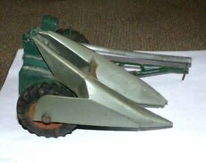 Vintage New Idea 1-Row Corn Picker by Topping Models 1/16 Scale (As Is)