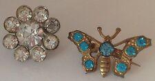lot de 2 petites broches anciennes avec des cristaux diamant et bleu 516