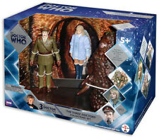 DOCTOR WHO THE THREE DOCTORS FIGURE COLLECTORS SET BRAND NEW 3RD DOCTOR