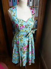 Lindy Bop floral pattern print Rockabilly fit and flare tea dress 10 VGC green