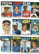 12 1986 TOPPS BASEBALL CARDS includes ROOKIES