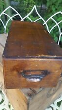 Old British en bois tiroir Index Card Holder Copper Pull Classeur Bureau