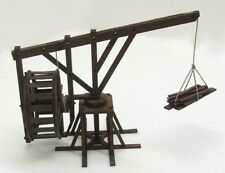 TREADWHEEL CRANE  (Streets/Gangs of Rome) - 28mm ASSEMBLED MDF & HIGHLY PAINTED