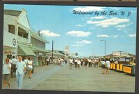 Unused Postcard Boardwalk at Magnolia Avenue Wildwood by the Sea New Jersey NJ