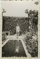 PHOTO ANCIENNE - VINTAGE SNAPSHOT - PISCINE JARDIN ENFANT REFLET - SWIMMING POOL