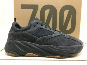 "RARE Adidas Yeezy Boost 700 ""Utility Black"" Size 11 Shoes (FV5304)"