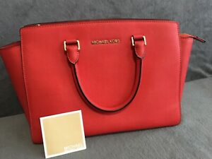 MICHAEL KORS Medium selma red bag