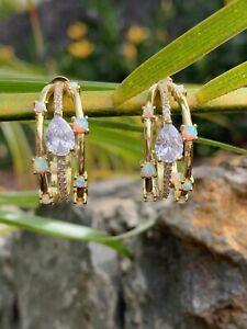 NEW Melinda Maria Lola Gold Hoops Blue Opal Earrings pendientes Huggie Stunner!