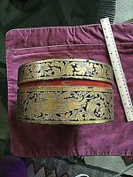 ANTIQUE CHINESE LACQUER BOX WITH GOLD