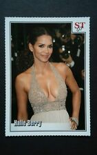 SPOTLIGHT TRIBUTE ST HALLE BERRY DRESS MOVIE  2007 #51 TRIVIA PHOTO TRADING CARD