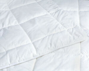 All year round wool duvet quilt lightweight all seasons 10 tog Double Size White