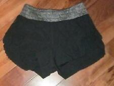 LULULEMON WEIGHTLESS SPLIT SHORTS IN black SIZE 2 contrast waistband