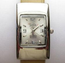 Sole Quartz Ladies Bracelet Watch, Swiss Parts, Water Resistant, Arabic Quarters