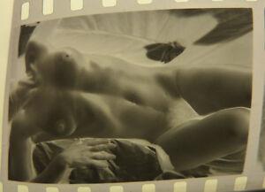 4 Négatifs Photos Femme Modèle Nue Curiosa Erotique Vers 1960