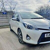 2014 (14) Toyota Yaris 1.5 Automatic CVT Icon Hybrid Trend