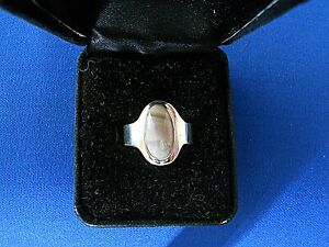 Gary Rex Erickson Sterling Silver Ring Size 8 1/2 Mauve & Grey Striped Agate