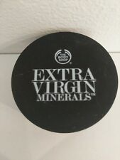 THE BODY SHOP Extra Virgin Minerals Loose Powder Foundation 108 Golden Ivory