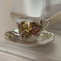 Vintage Rosina Bone China England Floral Gold Trim Tea Cup And Saucer 4999