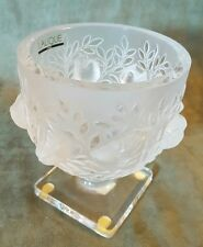 Lalique France Crystal Elizabeth Frosted Bird / Sparrow Footed Bowl / Vase 5.25""