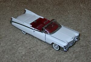 Franklin Mint 1959 Cadillac Conv. White/Red 1/43 Cars of Fifties Diecast B11KE21