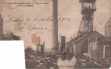 CPA 1912 - Catastrophe de la Clarence- la foule aux abords de la fosse sinistrée