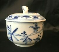 Meissen BLUE ONION Covered Small Sugar Bowl with Rose lidded top Tiechert Mark