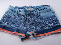Mossimo Junior's Jean  Shorts Denim Size 3 [ 28in Waist 2in Inseam ]