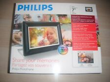 """Philips 7FF3FPB 7"""" Digital Picture Frame"""