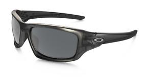 New Oakley Valve sunglasses Grey Black Iridium Polarized OO9236-06 Authentic
