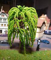 10 hellgrüne Weidenbäume, 95 mm hoch