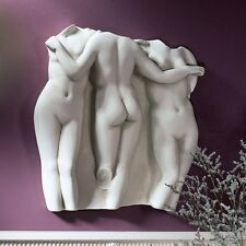 OS69359 - Three Graces Wall Fragment: Large Scale