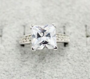 Department Store Quality 925 Sterling Silver Princess Cut CZ Ring Size 7