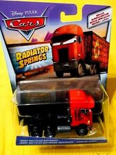 Disney Pixar Cars Jerry Recycled Batteries Semi Truck Radiator Springs 2017 NEU