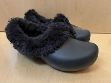NWT CROCS GRETEL Women 6 Fur Winter Shoes Black Authentic